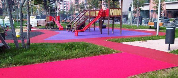 Pavimento in gomma per le aree gioco - Pavimento in gomma per esterni ...