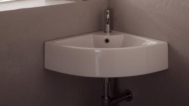Lavabo ad angolo per bagni piccoli