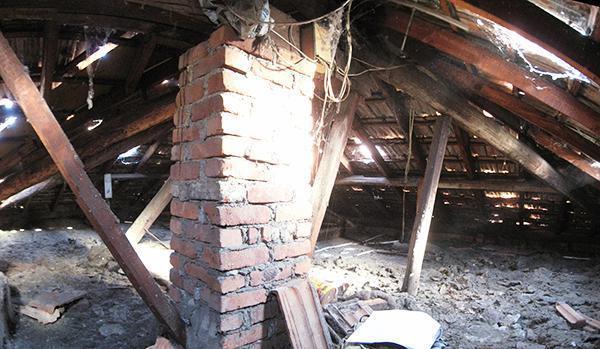 Rifacimento della struttura di un tetto in legno for Costo delle travi a vista