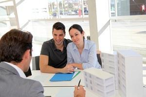 Agente immobiliare e informazione
