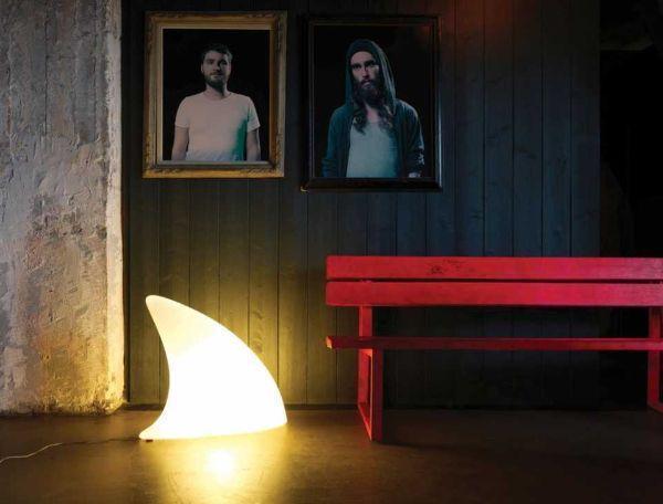 Lampada a led senza fili modello Shark indoor di Moore