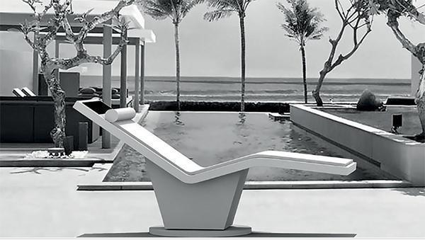 Rayvolution (prodotto dall'omonima azienda) è una chaise longue che automaticamente segue i movimenti del sole.