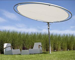 Ombrello con ricarica tablets e smartphones, prodotto da Umbrosa.