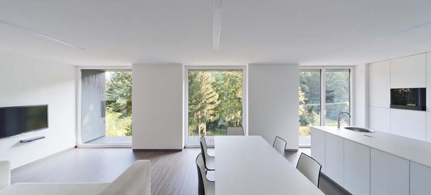 Realizzazione con finestra in pvc e alluminio kf405 di Internorm