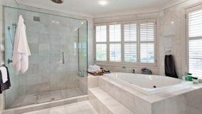 Le linee guida per l'installazione delle pareti doccia