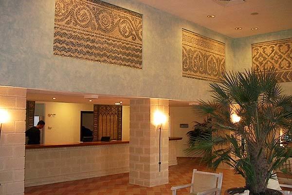 Dipinti realizzati per la hall di un albergo. Di Patrizia Trevisi