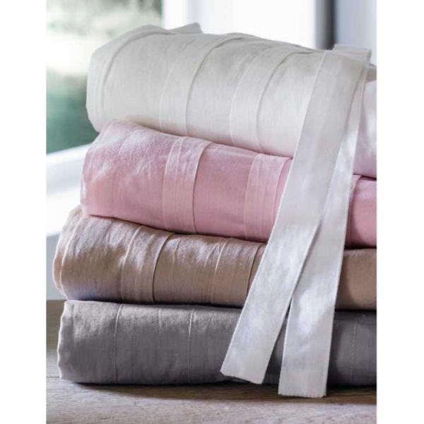 Tessuti per tendaggi toni shabby chic di La Redoute