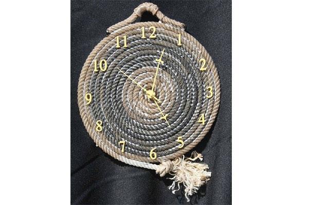 Orologio realizzato in corda di Pinterest