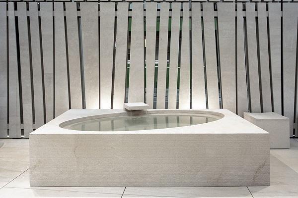 Vasca in pietra Wabi di Pibamarmi