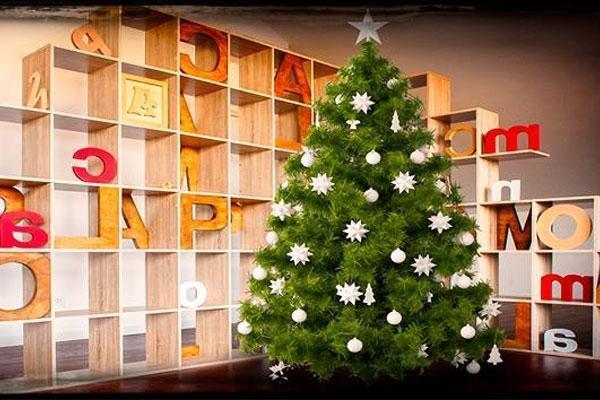 Alberi Di Natale In Legno Addobbati : Albero di natale shabby chic