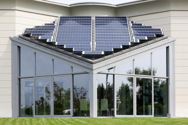 Veranda Metra con pannelli fotovoltaici