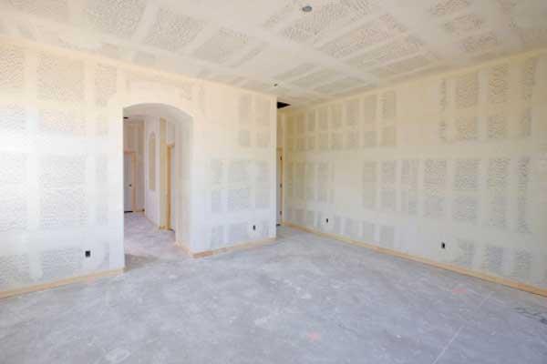 Immagine tratta da Thinkstock di porte in costruzione