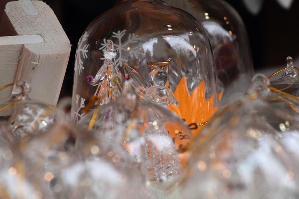 Pallina natalizia in vetro