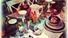 Idee e tendenze per arredare la tavola natalizia