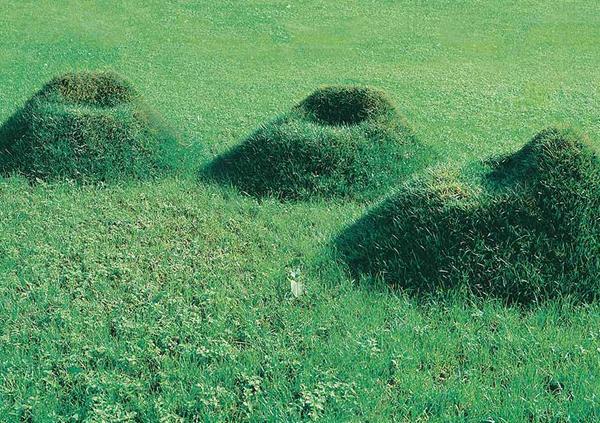 Idee per il giardino. Seduta Terra del collettivo Nucleo
