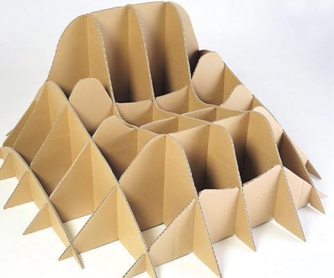 Idee per il giardino, la struttura in cartone di Terra by collettivo Nucleo