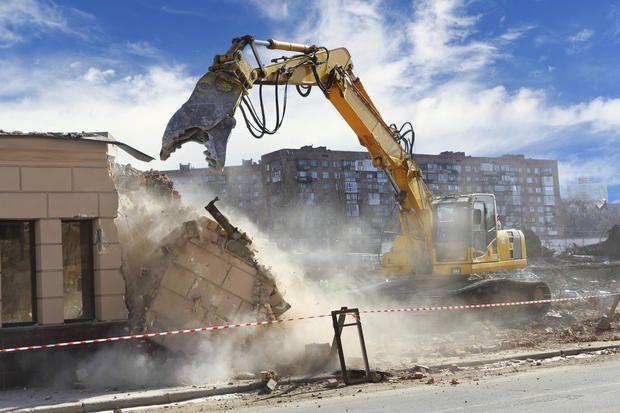 Casa Toscana, demolizione e ricostruzione
