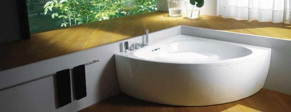 Vasca da bagno angolare mod. Coralya di Teuco