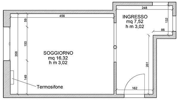 La pianta della zona giorno: ingresso e soggiorno.