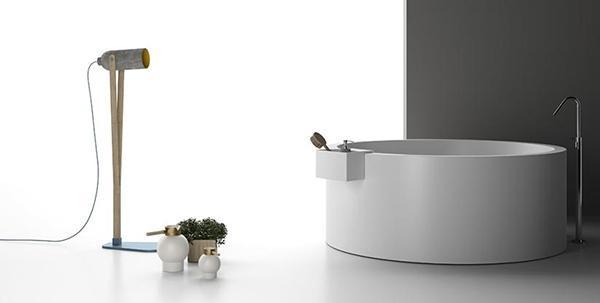 Vasca da bagno circolare minimal