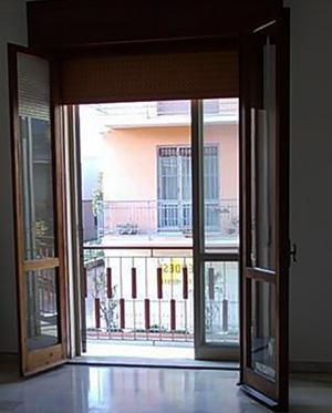 Doppi infissi good vetrata scorrevole with doppi infissi - Condensa finestre doppi vetri ...