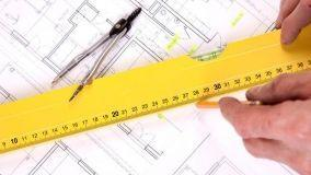 Decoro architettonico e lavori nell'appartamento