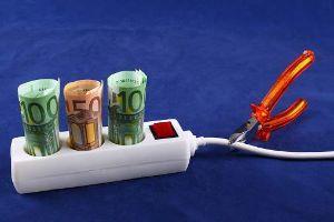Consigli per dimezzare i costi energetici in casa