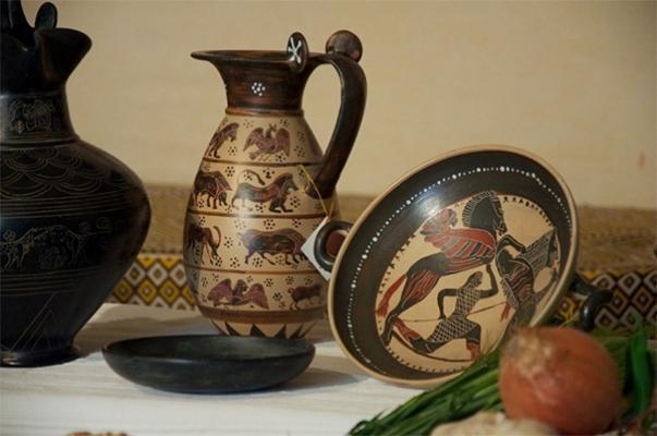 Riproduzioni di vasi etruschi in bucchero, di La Terra dei Buccheri.
