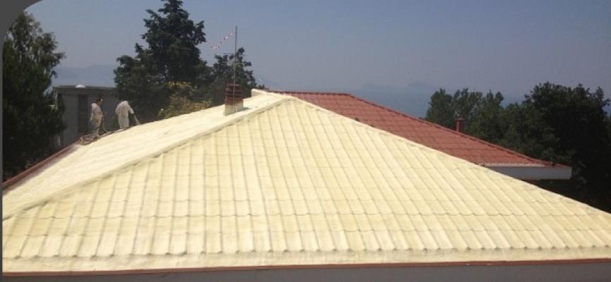 Impermeabilizzare con il poliuretano a spruzzo i tetti a falda di Intpoliuretani