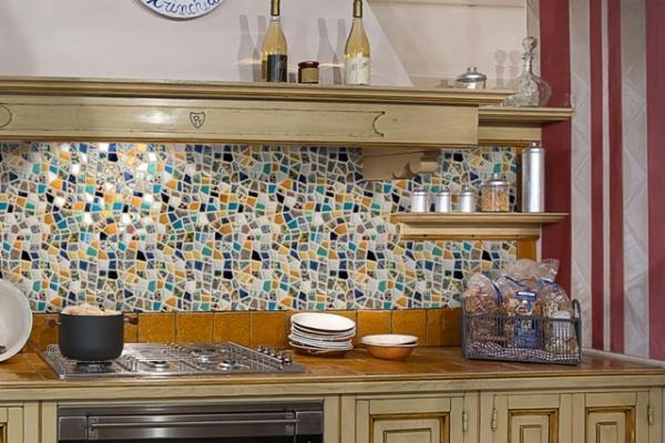 Rivestimento mosaico personalizzato - Paraschizzi cucina ...