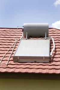 Collettore solare piano vetrato