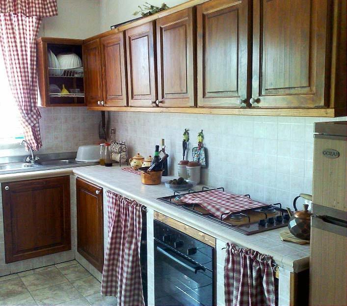 Foto montaggio ante prefinite in legno - Sportelli cucina muratura ...