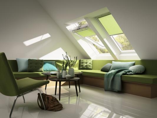 Sottotetto luminoso con le finestre Velux
