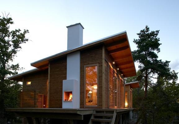 Esempio  canna fumaria tetto in legno di Schiede
