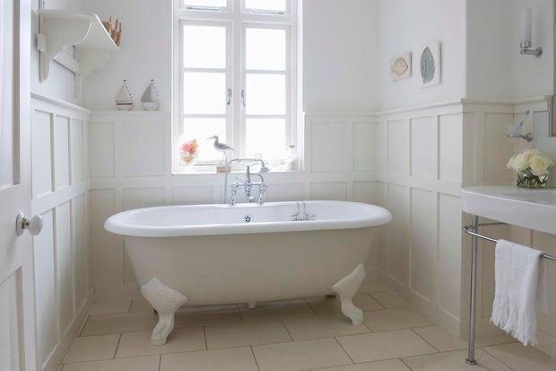 daltro canto la vasca se di grandi dimensioni e dotata di sportello di apertura la vasca rappresenta il massimo momento di relax che ci si pu concedere