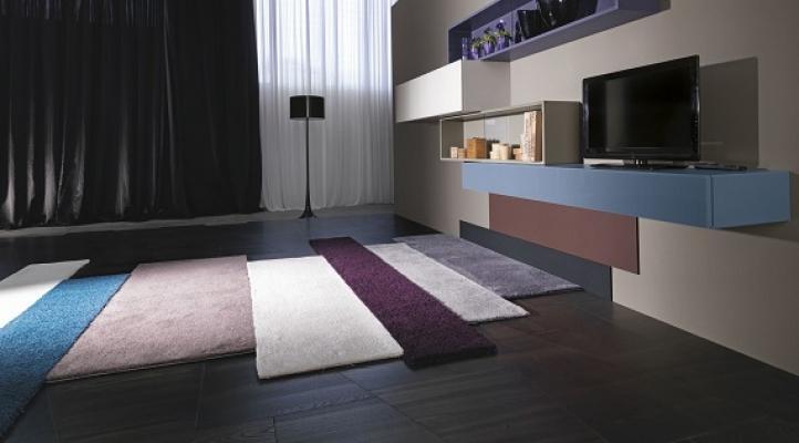 Tappeto per soggiorno for Mobili di design d occasione