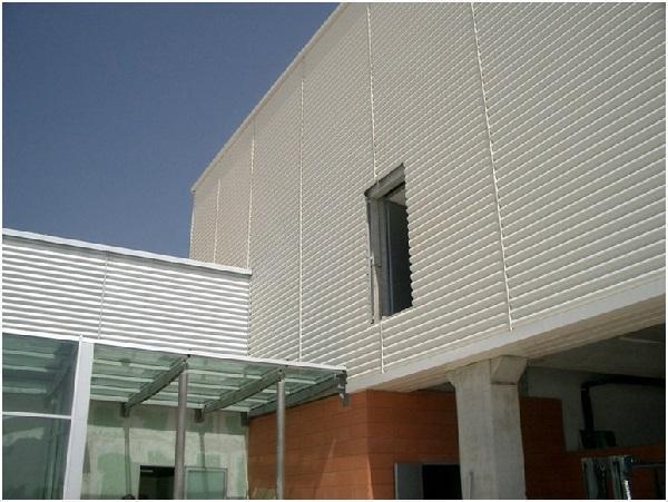 Foto rivestimenti metallici per facciate for Rivestimenti metallici orizzontali