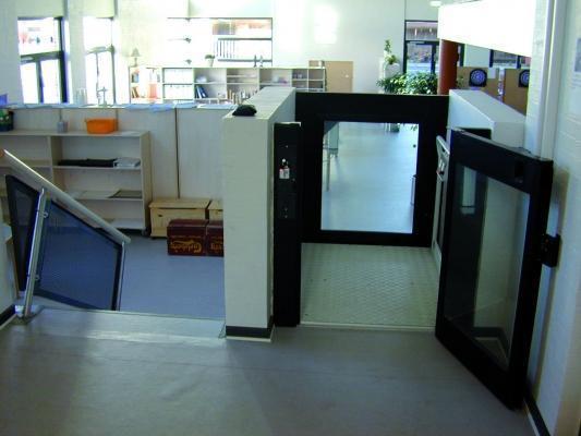Piattaforma elevatrice da interno STEPPY di Vimec