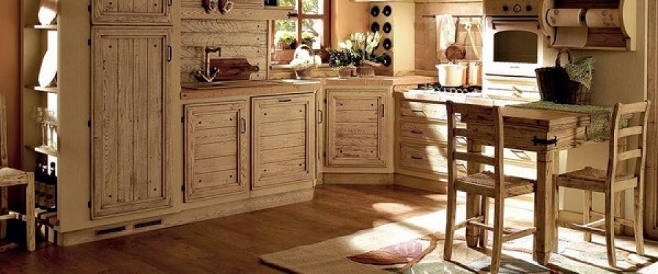 Zoccolature cucina for Cucina in armadio