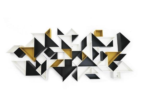 Libreria Tangram in composizione geometrica