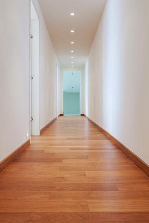 Illuminare un corridoio con faretti a incasso