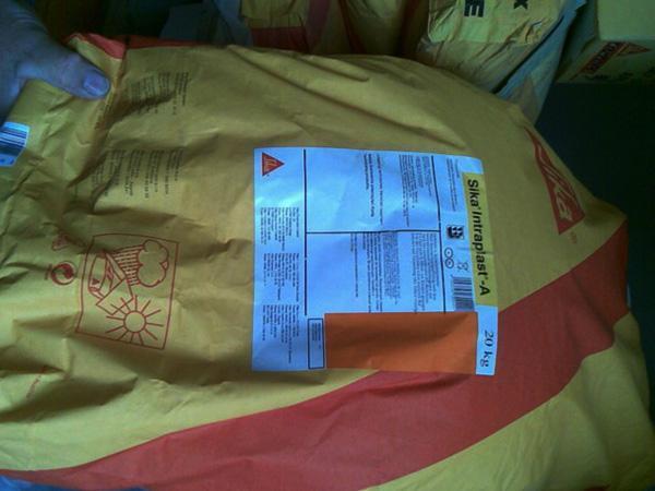 la confezione in sacchetti di Intraplast
