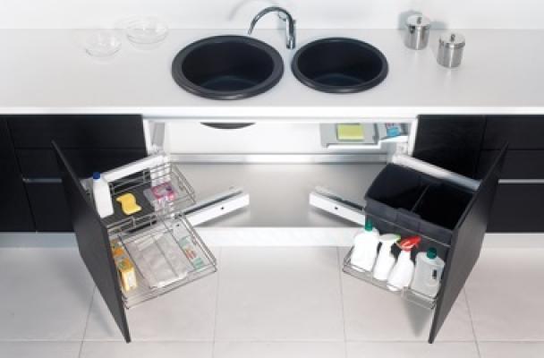 Arredare una cucina: Compagnucci, sottolavello attrezzato