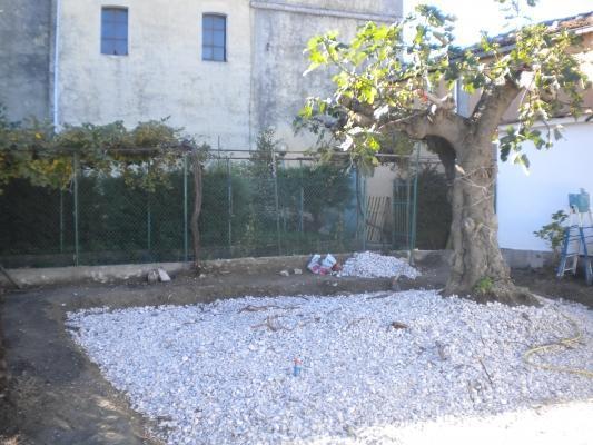 Realizzare un giardino: preparazione drenaggio