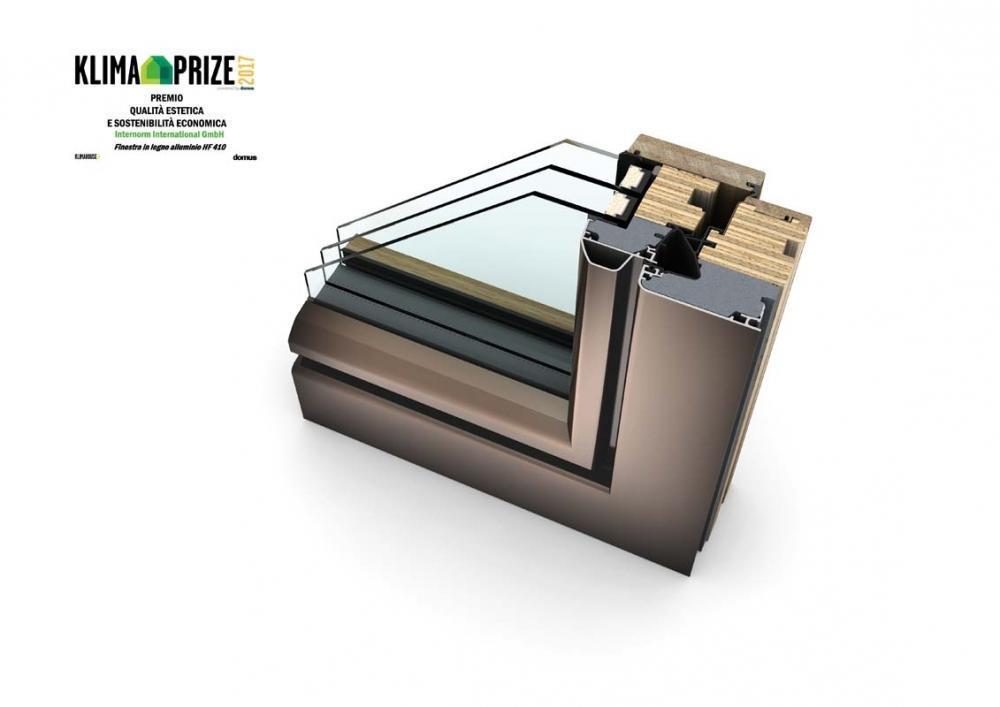 Infisso in legno-alluminio - stile ambiente - particolare dell'angolare di Internorm - hf410