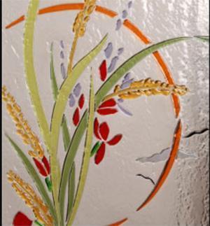 Pannello in vetrofusione con mazzo di fiori, di In Domo.