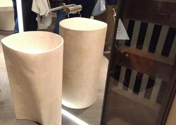 Bagno moderno: antoniolupi lavabi da appoggio a terra