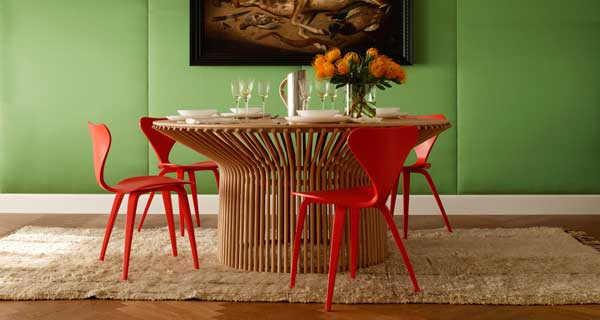Tavolo in legno dal design contemporaneo di Emmemobili