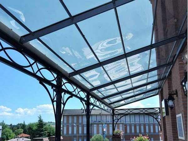 Copertura in policarbonato per terrazzi by Festa TENDE