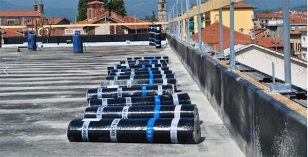Impermeabilizzazione con guaine bituminose, dal sito dell'Azienda Bituver.